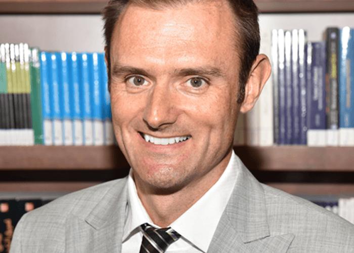 Dr Geoffrey Sharpe